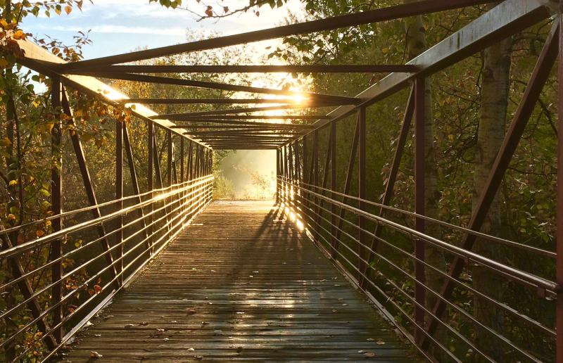 Sun end of bridge 2